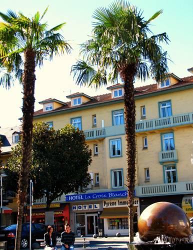 Hôtel La Croix Blanche : Hotel near Midi-Pyrénées