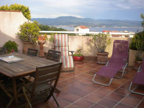 Chambre hôtes Wagram : Bed and Breakfast near Ajaccio