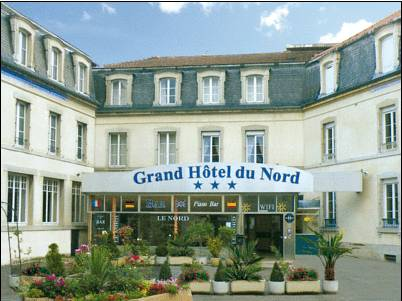 Grand Hôtel Du Nord : Hotel near Mollans
