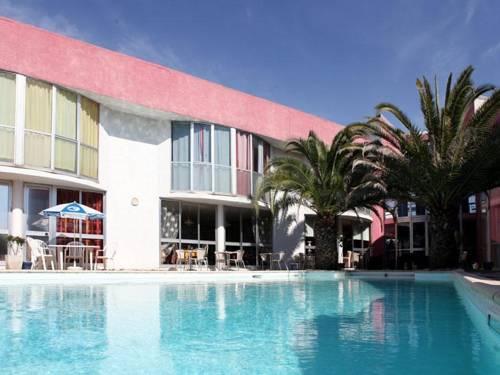 M Hotel : Hotel near Saint-André-de-Sangonis
