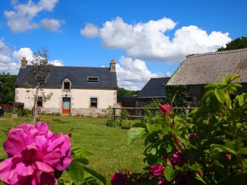Gite de Kernaou : Guest accommodation near Briec