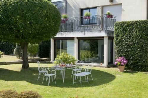 Qualys-Hotel Rueil La Défense : Hotel near Nanterre
