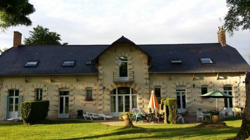 Loire Valley Cottages : Guest accommodation near Cuon