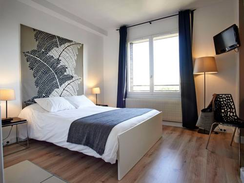 L'aparthoteL Urbaneva : Guest accommodation near Dijon