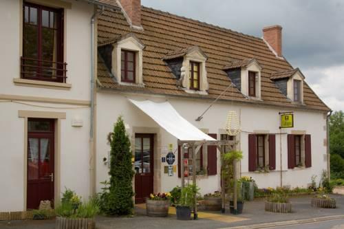 Au Coeur de Meaulne : Hotel near Saint-Caprais