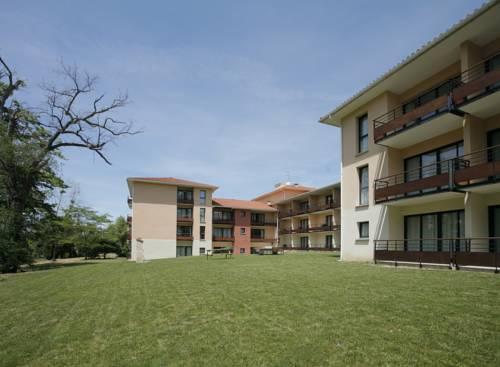 Adonis Toulouse - Appart'hotel Du Parc : Guest accommodation near Montrabé