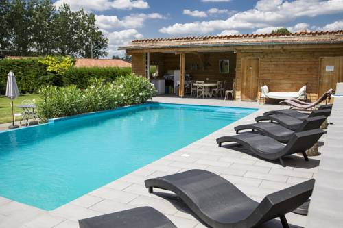 Les Loges du Canal du Midi : Bed and Breakfast near Layrac