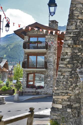 Annexe Les 5 Frères : Hotel near Val-d'Isère