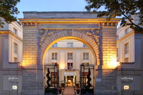 Pullman Château de Versailles : Hotel near Versailles