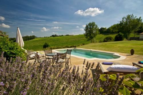Bel-Endroit Maison d'Hôtes : Guest accommodation near Sembouès
