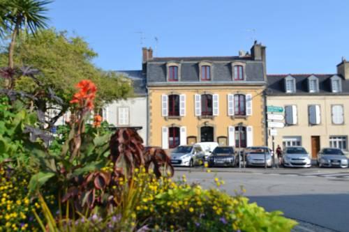 Hotel quimper hotels near quimper 29000 france for Hotels quimper