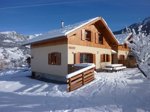 Chalets Paul Cézanne : Guest accommodation near Les Orres