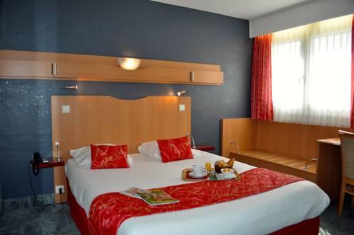 Atalante : Hotel near Reignier-Esery
