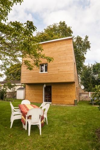 La maison du poulailler : Guest accommodation near Vienne-en-Val