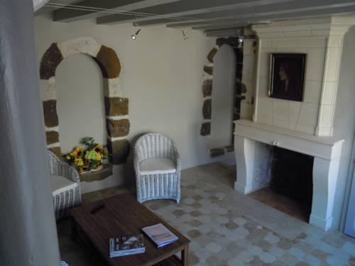 Gite Le Petit Rosaire : Hotel near Sarthe
