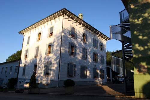 Hôtel Beau Site : Hotel near Montperreux