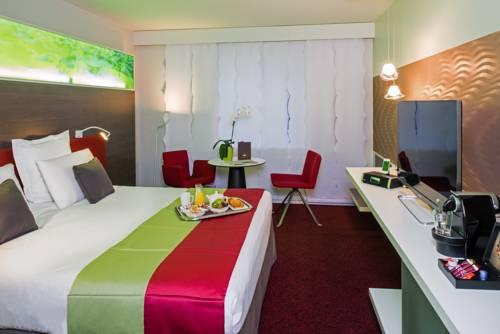 Mercure Paris la Défense Grande Arche : Hotel near Courbevoie