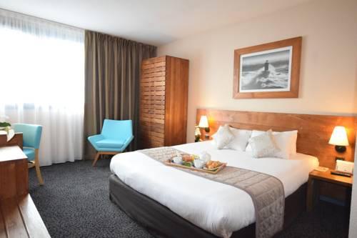 Kyriad Prestige Bordeaux Ouest Merignac Aeroport : Hotel near Mérignac
