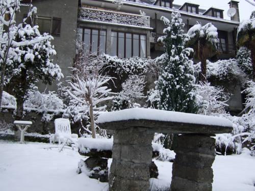 Logis Hôtel Beau Site : Hotel near Hautes-Pyrénées