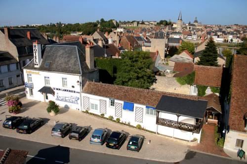 Hotel le Bon Laboureur : Hotel near La Charité-sur-Loire