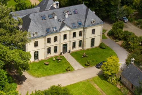 Relais du Silence Manoir Hôtel Des Indes : Hotel near Quimper