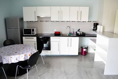 Appartement Hôtel Poitiers : Apartment near Nieuil-l'Espoir