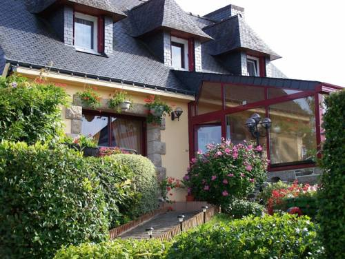 Les Chambres De La Vallée Du Blavet : Bed and Breakfast near Plouray