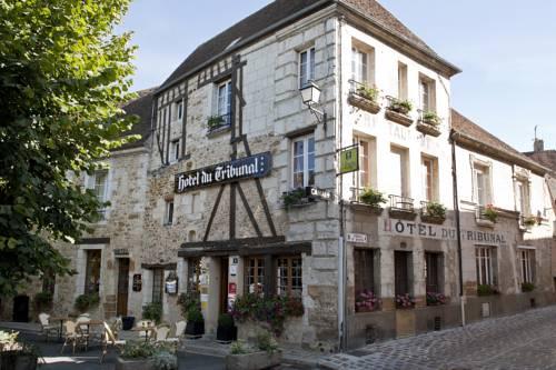 Logis Hôtel Du Tribunal : Hotel near Mortagne-au-Perche