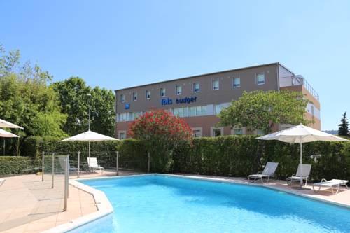 Ibis Budget Aubenas : Hotel near Vesseaux
