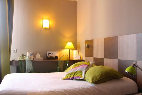 Kyriad Vichy : Hotel near Le Vernet