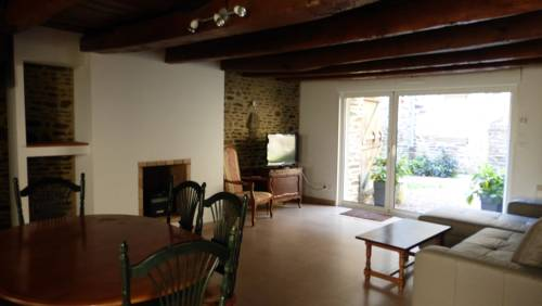 Gite Notre Dame : Guest accommodation near Pontorson