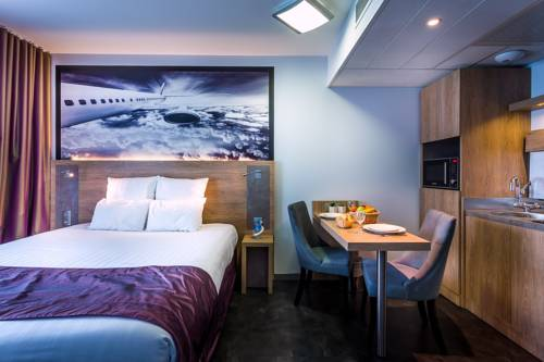 Kyriad Prestige Saint Nazaire : Hotel near Saint-Nazaire