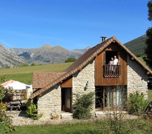 Gite Le Clos de Lumière : Guest accommodation near La Freissinouse