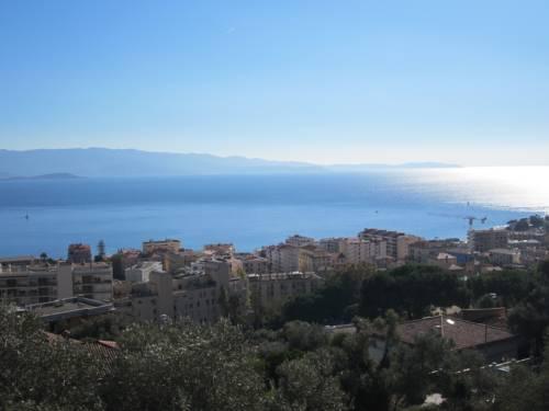 Appartement vue mer : Apartment near Ajaccio