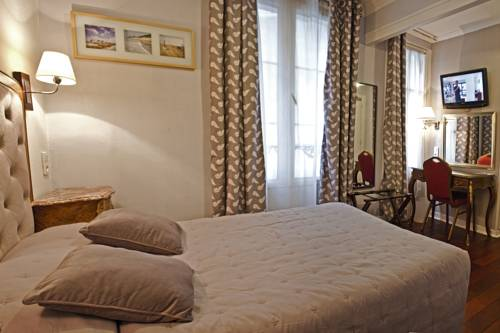 Hotel Hippodrome : Hotel near Paris 17e Arrondissement