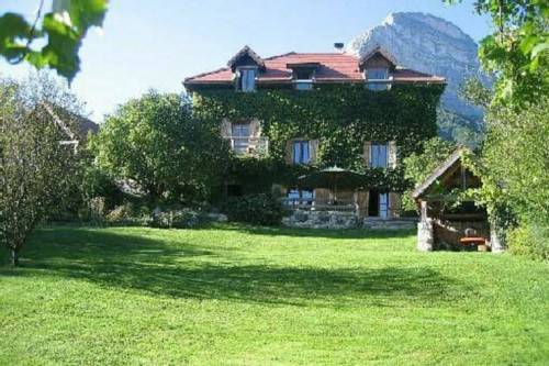 Gite Chartreuse : Guest accommodation near Crolles