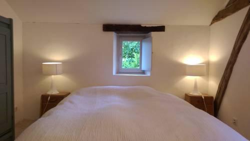 Les Trouillets Sud : Guest accommodation near Sainte-Alvère