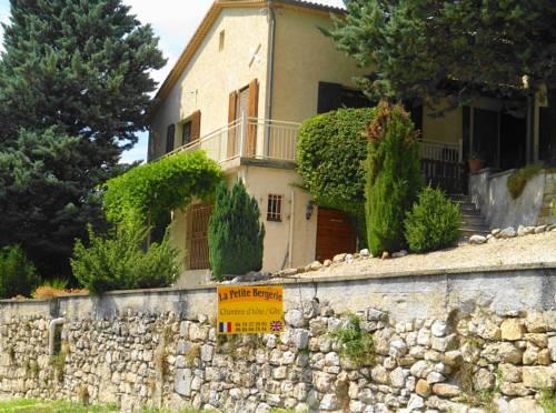 La Petite Bergerie in Drôme Provençale : Guest accommodation near Sainte-Marie