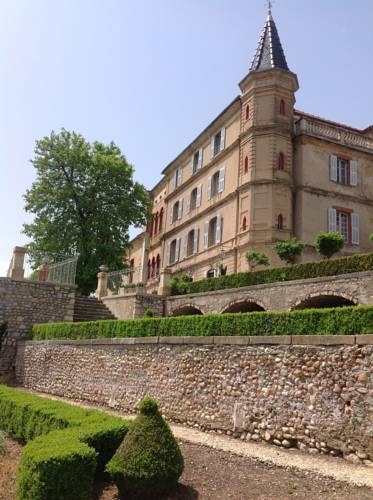 Château du Grand Jardin : Bed and Breakfast near Valensole