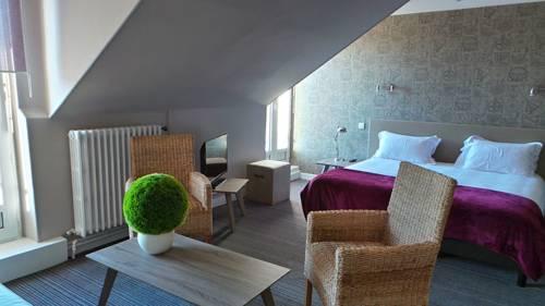 Le Nouvel Hôtel : Hotel near Thoirette