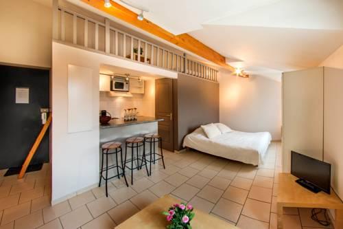 Les Coralines - La Verpillière : Guest accommodation near Villefontaine