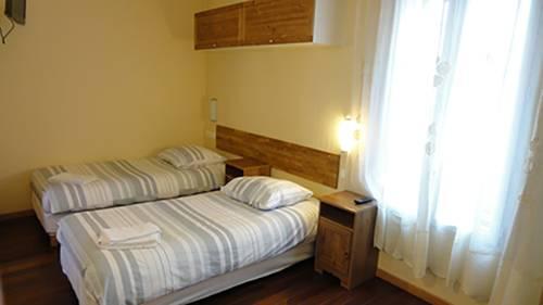 Résidence Molière Hôtel Paris Montrouge : Guest accommodation near Bagneux