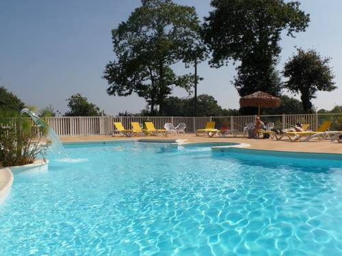 Camping de Kersentic : Guest accommodation near Fouesnant