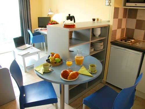 Grand Bleu Vacances – Résidence l'Oliveraie – Montpellier Sud Lattes : Guest accommodation near Lattes