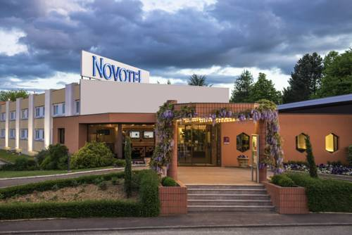 Novotel Macon Nord : Hotel near Vésines