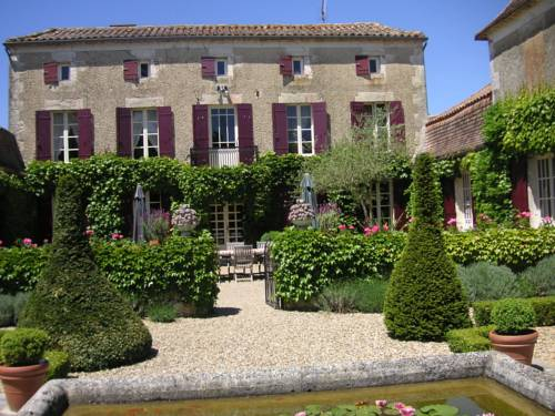 Le Manoir de Juillereau : Bed and Breakfast near Auriac-sur-Dropt