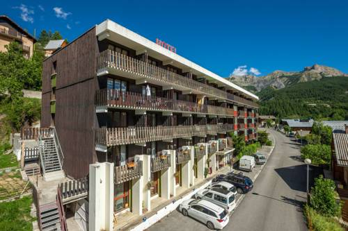 Hotel Plein Soleil : Hotel near Entraunes