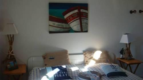 Côté Terrasse : Bed and Breakfast near Adissan