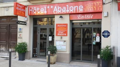 Hôtel Abalone : Hotel near Nîmes