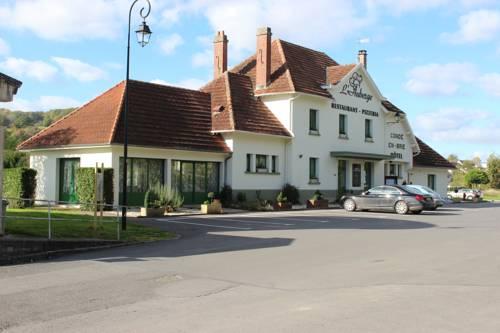 L'Auberge de Condé en Brie : Hotel near Reuilly-Sauvigny